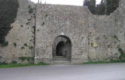 Porta-Docciola-Volterra
